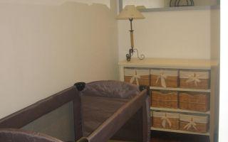 hotel-des-familles-kamers-kinderbedje.JPG